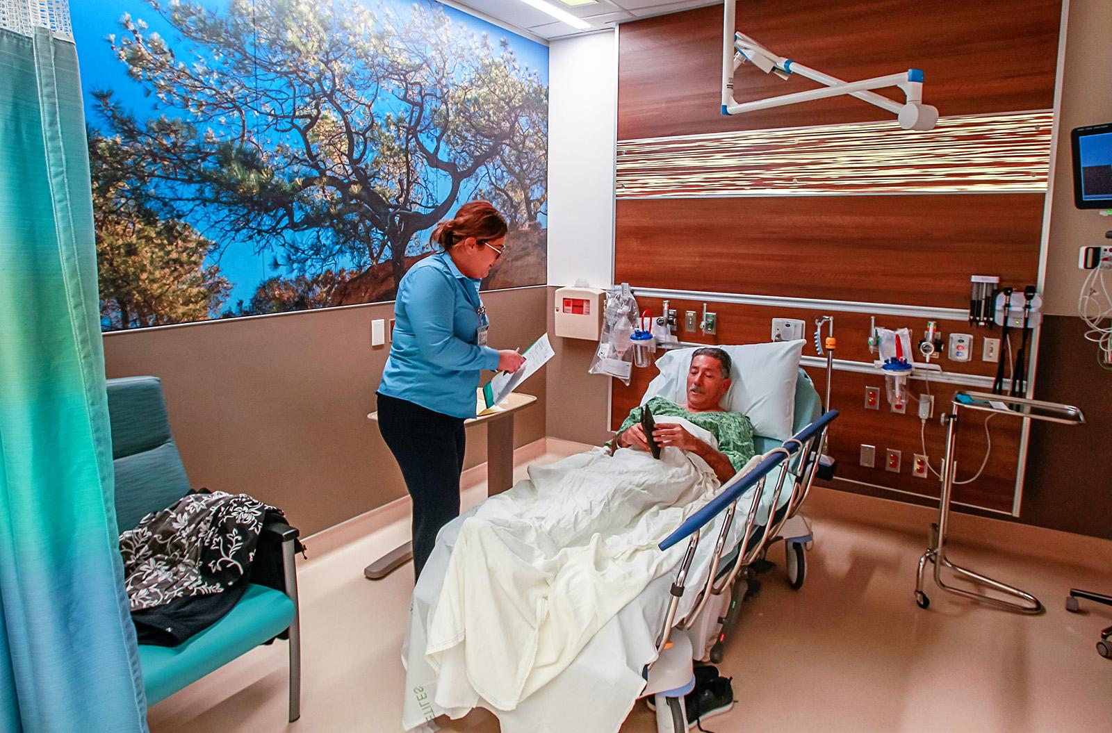 UC San Diego opens new senior-focused emergency unit