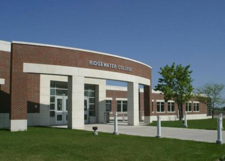 Ridgewater College // Wikipedia