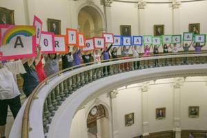 RALPH BARRERA/Austin American-Statesman/TNS